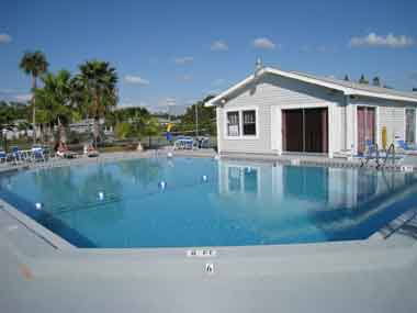 Affordable florida vacation condo rentals in fort myers for Winter vacations in florida